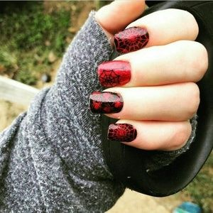 Color street nails bugged out spiders halloween